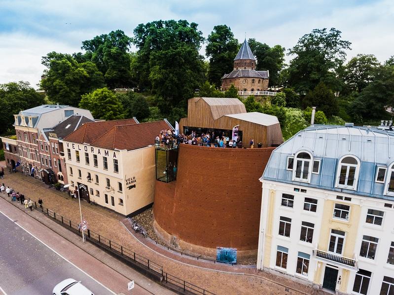 De Bastei aan de Waalkade Nijmegen Bastei - herzien droneshots-11